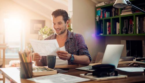 Nghỉ việc đừng quên lĩnh tiền theo luật bảo hiểm thất nghiệp mới