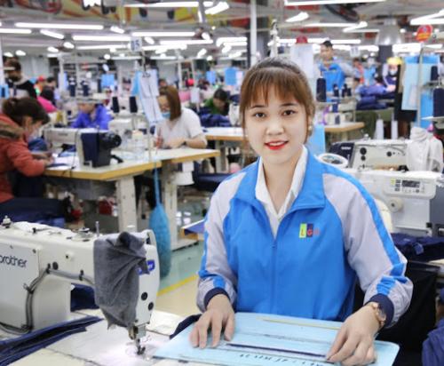 Đài Loan điều chỉnh mức đóng bảo hiểm y tế đối với người lao động